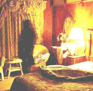 Virginia City Nevada Motel Ghost Picture (Lightened)